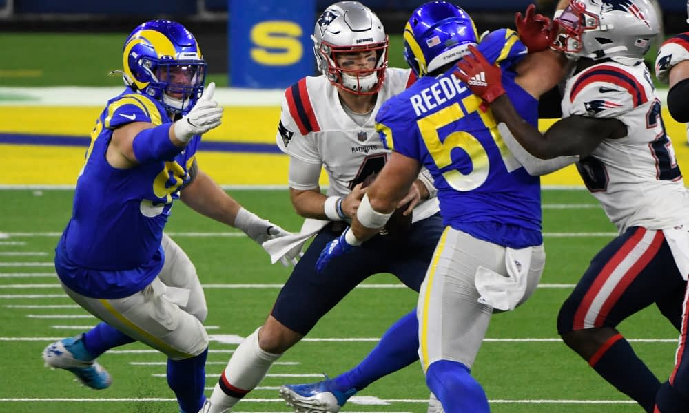 LA Rams Shorten Patriots' Playoff Chances, Trash New England, 24-3